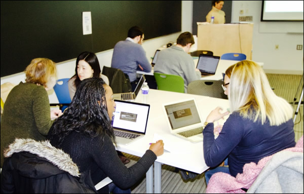 Participants in the January 2018 Digital Teaching seminar work together to integrate digital methods into course assignments